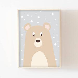Le petit ours sous la neige